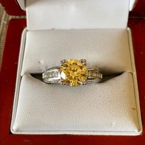 Jewelry - Sterling silver CZ and citrine stone ring